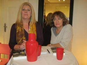 Esther Bouma (l) en Marjolijn Uitzinger