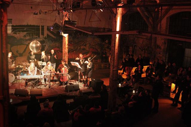 Qeaux Qeaux Joans in Berlijn © I HEART BERLIN http://ow.ly/LbUrK