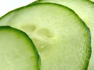 macro-cucumber-1539337-640x480