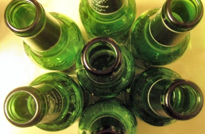 bottle-3-1500291-1599x1047