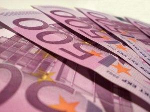 euros-2-1239706-640x480