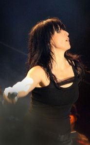 Nena bij een concert in Wenen (foto: Wikipedia)