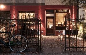 Horvath_5-Restaurant