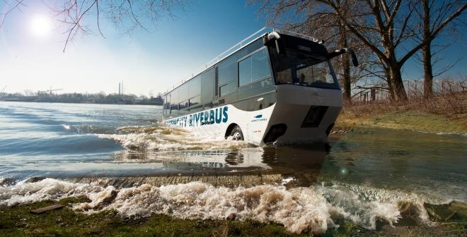 Bootbus1