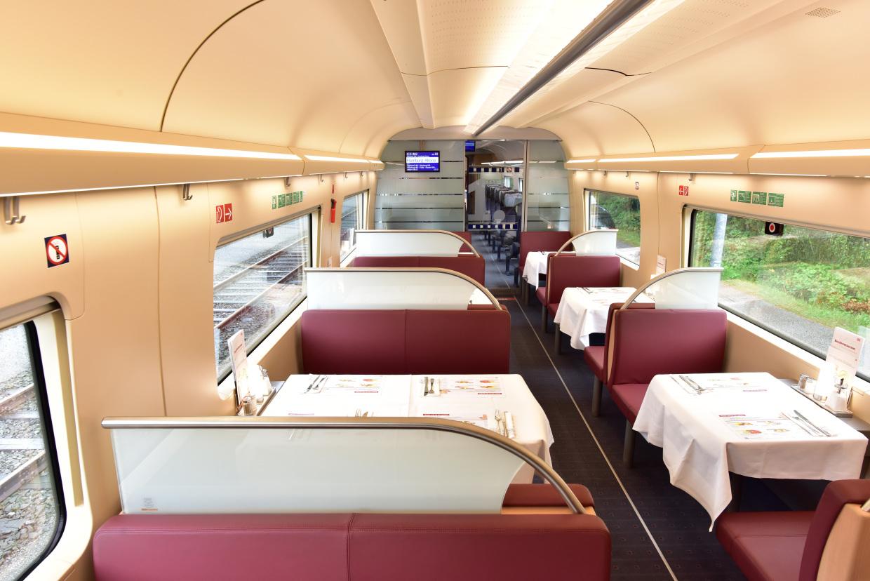 Interieur Ice Blauw : Deutsche bahn stelt nieuwe ice trein voor u allard van gent