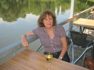 Thriller auteur Marjolijn Uitzinger in Berlijn